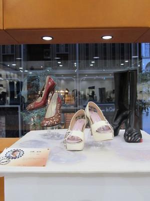 文化 靴 2 ヒキ.JPG