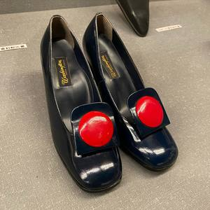 日航 客室乗務員 制靴.jpg